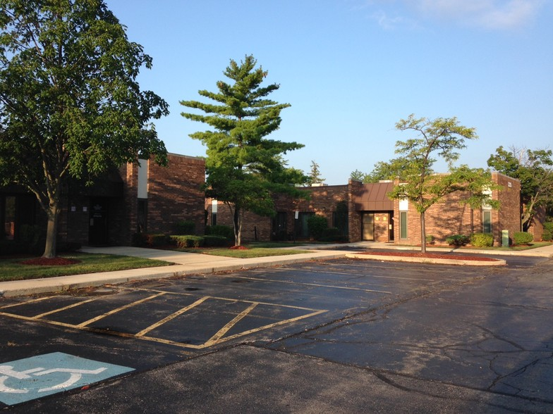 Illinois Department of Employment Security (IDES) - Arlington Heights